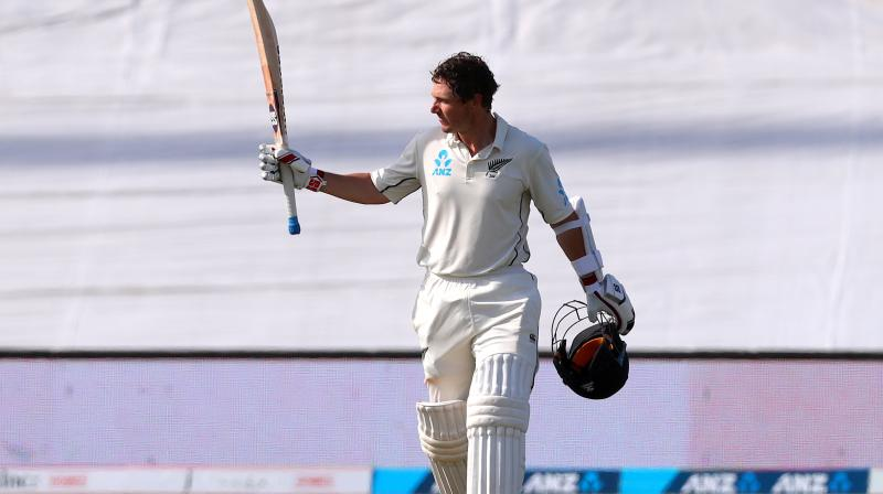 The 34-year-old BJ Watling, with a reputation for producing his best when the going is tough, has toiled under a blazing sun for almost seven hours to rescue New Zealand from a precarious situation and notch his eighth Test century. (Photo: AFP)