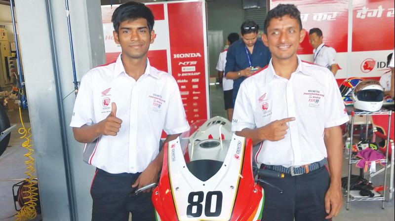 Rajiv Sethu (left) and Anish Shetty of IDEMITSU Honda Racing India by T. Pro Ten10.