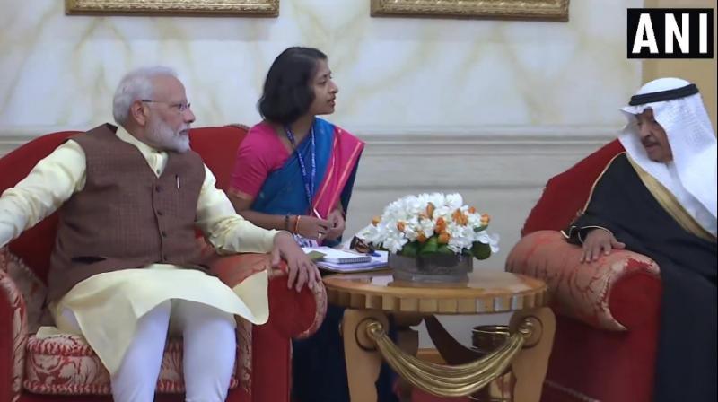 PM Modi with Bahrain counterpart Prince Khalifa Bin Salman Al Khalifa. (Photo: ANI)