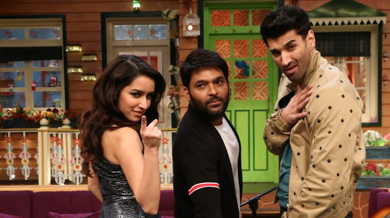 Aditya Roy Kapur and Shraddha Kapoor were seen dancing, singing and enjoying the gags on Kapil Sharma's show on Wednesday.