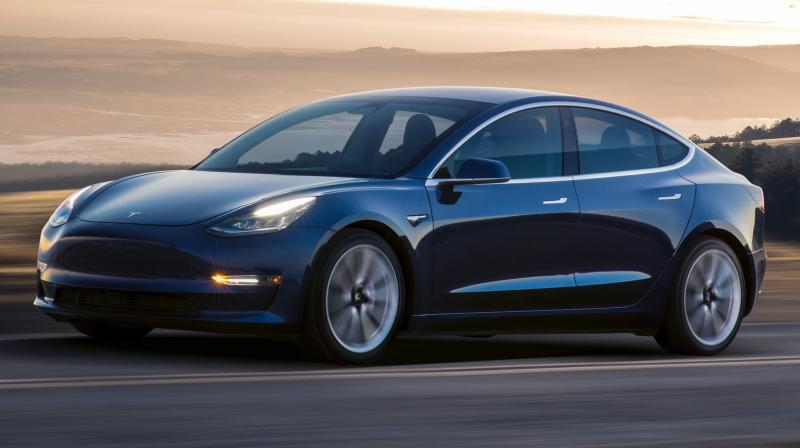 Tesla has delivered 200,000 electric cars to buyers in the United States.