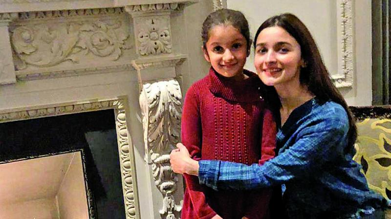 Mahesh Babu's daughter delighted to meet Alia Bhatt