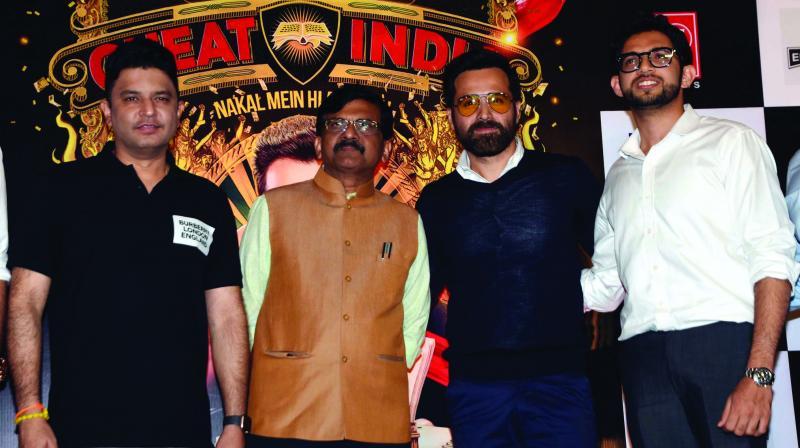 (L-R)  Bhushan Kumar, Sanjay Raut, Emraan Hashmi and Aditya Thackeray