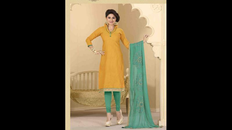 Grab your bright coloured kurta and pair it with a jazzy palazzo of different shade. (Photo: Pixabay)