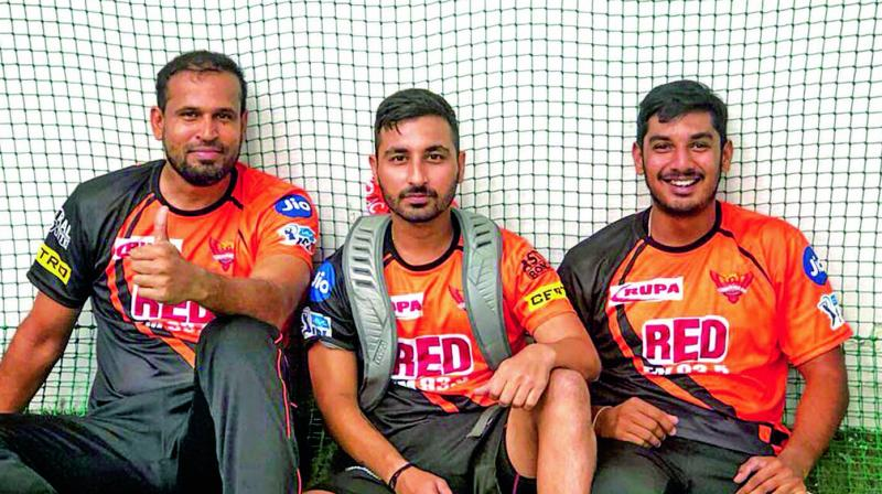 Yusuf Pathan (left) along with his team mates at a Sunrisers Hyderbad training session. (Photo: Twitter)