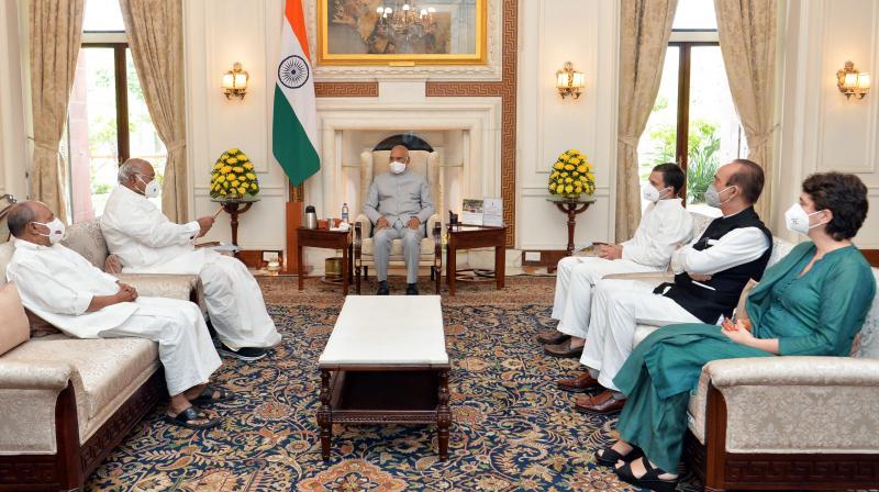 President Ram Nath Kovind with Congress leaders Rahul Gandhi, Mallikarjun Kharge, Priyanka Gandhi, Ghulam Nabi Azad and A.K. Antony, during a meeting at Rashtrapati Bhavan, in New Delhi, Wednesday, Oct. 13, 2021. (PTI)