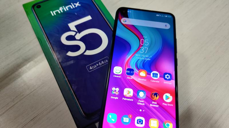Known for offering great value for money devices, Infinix had released the S5, a great looking budget phone under 10k that featured a punch-hole display.