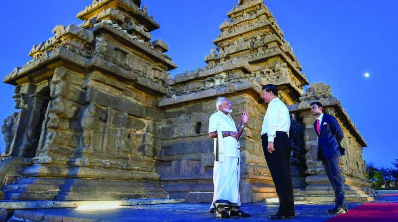 Prime Minister Narendra Modi with Chinese President Xi Jinping in Mamallapuram on Friday. (Photo: PTI)