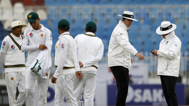Bad light played spoilsport on the second day of the first Test between Pakistan and Sri Lanka at the Rawalpindi Cricket Stadium here on Thursday. (Photo: AP)