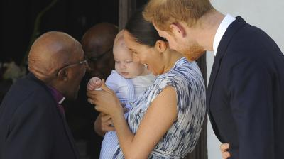 Anglican Archbishop Emeritus, Desmond Tutu plays with Archie, the son of Britain's Prince Harry and Duchess of Sussex, Meghan Markle. (Photo: AP)