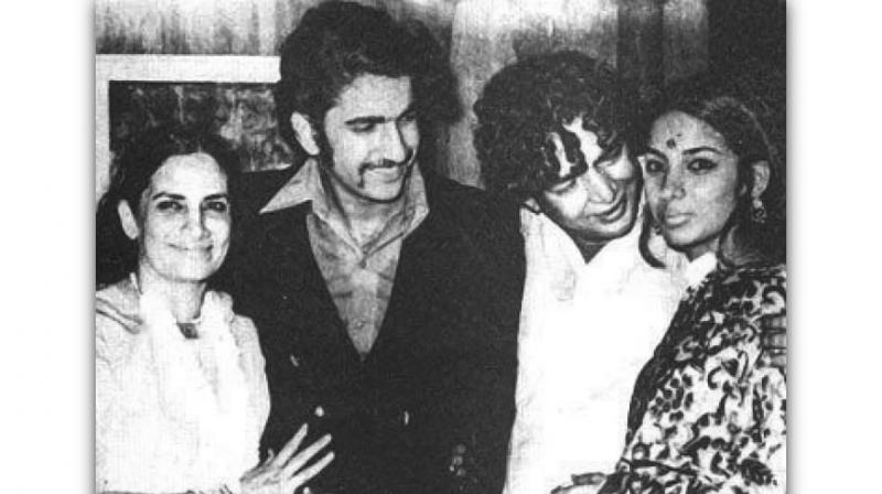 Wife Shaukat Kaifi, son Baba Azmi, the poet and his daughter Shabana on his 25th marriage anniversary in May 1972. (Photo: www.azmikaifi.com)