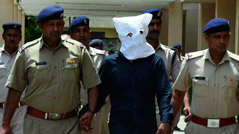The main accused in Junaid Khan lynching case being produced in Faridabad district court on. (Photo: PTI)