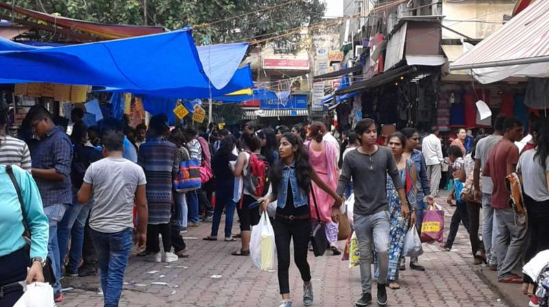 The Sarojini Nagar market is thronged by hundreds of people daily.