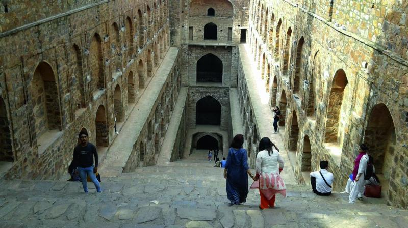 The Baoli used to have water earlier that has dried up in recent times.