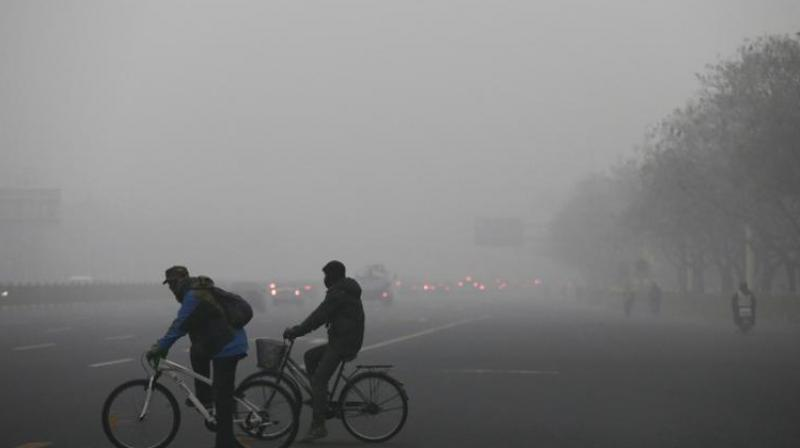 The levels are above the prescribed standard of 60 ug/m3 and 100 ug/m3 for PM 2.5 and PM 10 respectively.(Photo:AP)