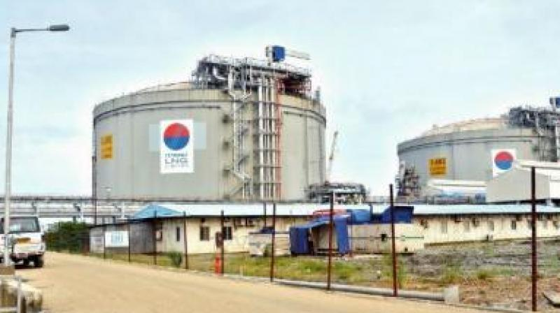 India will work with Japan to make long-term liquefied natural gas (LNG) import deals more affordable for its price-sensitive consumers. (File Photo)
