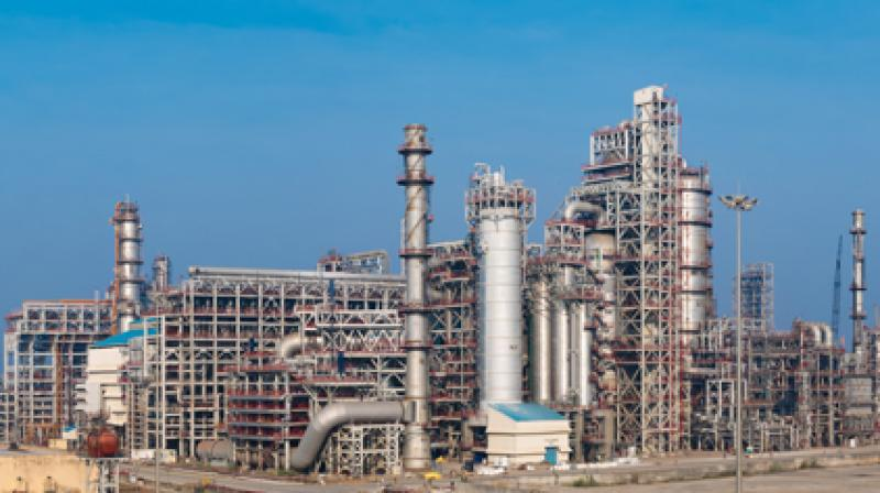 Indian oil refiners issue tanker tenders aimed at boosting domestic