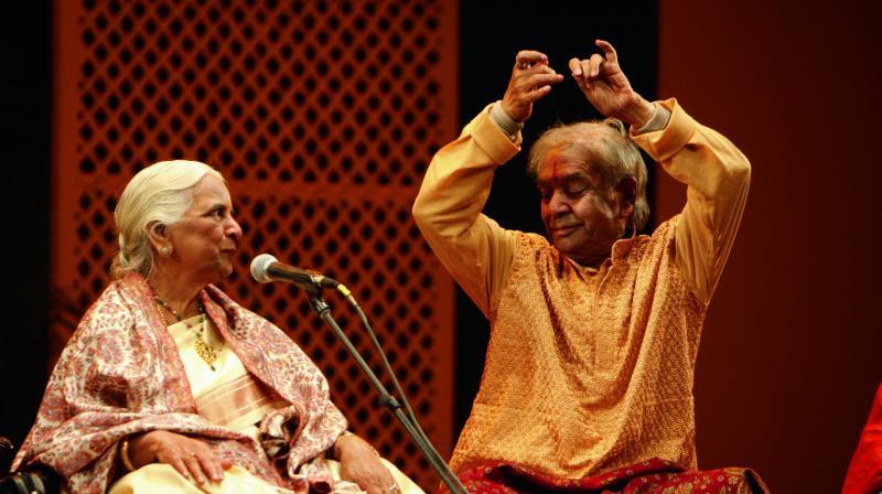 Pandit Birju Maharaj with Appaji. (Photo: Avinash Pasricha)