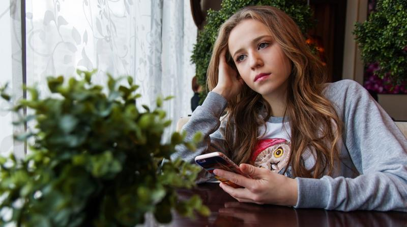 Girls reaching puberty early face more dating abuse