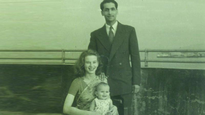 Kawas, Sylvia and their daughter Tannaz (1955)