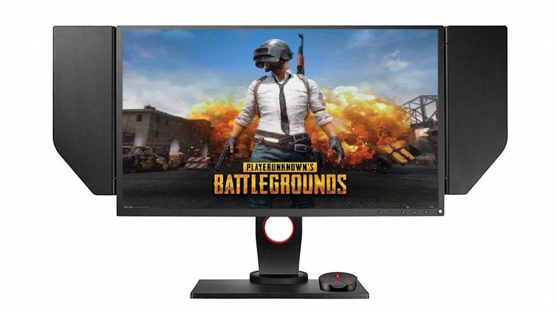 ZOWIE XL2546 monitor comes equipped with Native 240Hz Refresh Rate, Static 1ms Response time and DyAcTM Technology which offers smooth and clear image.