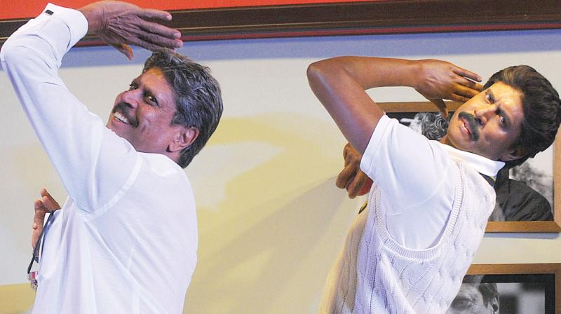 Former India skipper Kapil Dev unveils his Madame Tussauds wax figure at an event in New Delhi. (Photo: Biplab Banerjee)