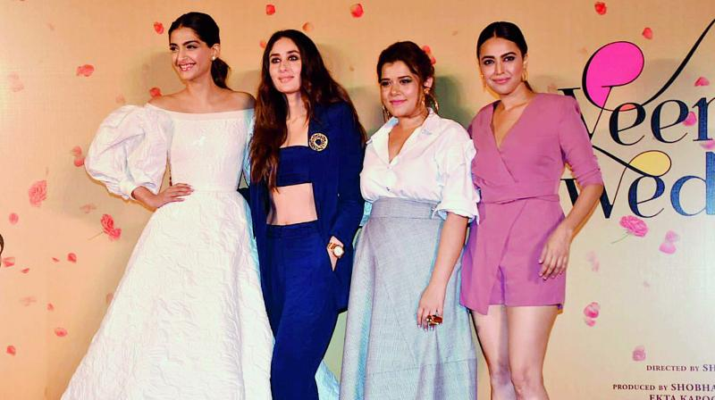 Our conditioning is such that people expect women to pull each other down and compete with each other (Sonam Kapoor)