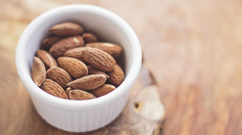 The health benefits of almonds are thought to be due to their fat profile (predominantly mono- and poly-unsaturated fats i.e. good fats), antioxidant vitamin E, dietary fiber, and other important nutrients. (Photo: Pixabay)
