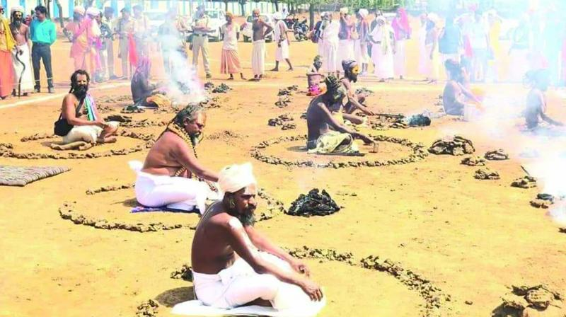 A file photo of a mass havan by seers to 'demonstrate that Hindutva is no longer the monopoly of BJP'.
