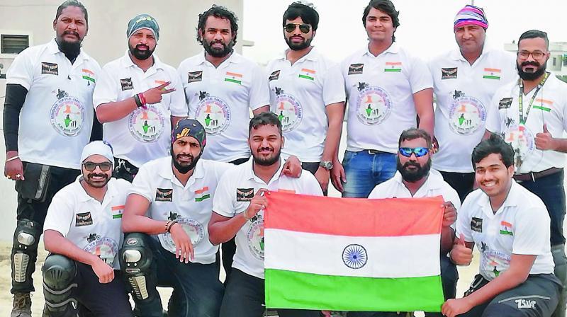 14 members of the bikers club, Wanderers, head to Kargil to pay homage