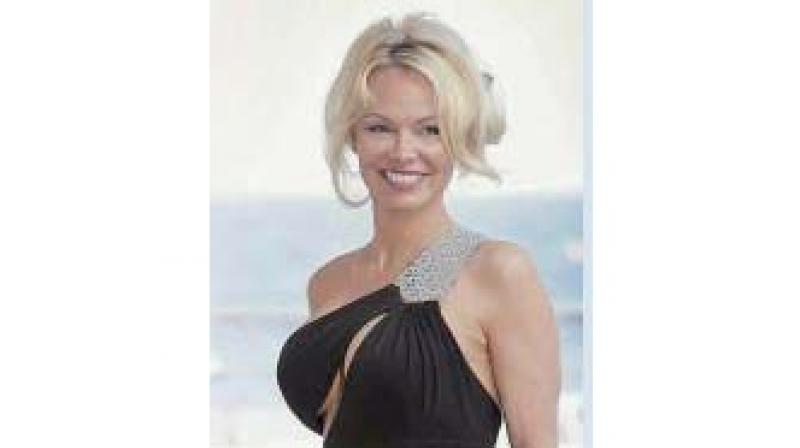 Pamela Anderson is scared of her own reflection and avoids mirrors