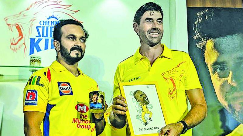 Kedar Jadhav and Stephen Fleming at a CSK promo event