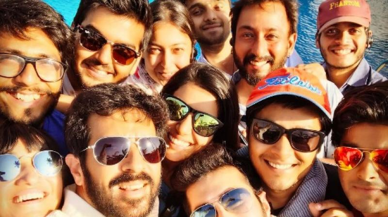 Kabir Khan with his team on the last day of 'Tubelight' shoot.