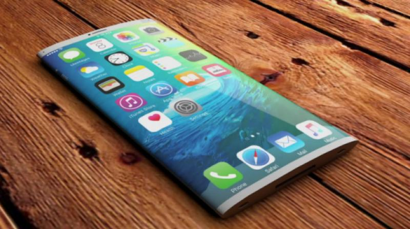 Details about the 2019 iPhone seem to cement the notion that Apple will skip 5G this year. (Photo: Tech Designs)