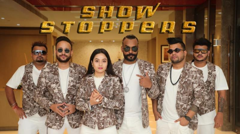 ShowStoppers the band love to share the magic of live music.
