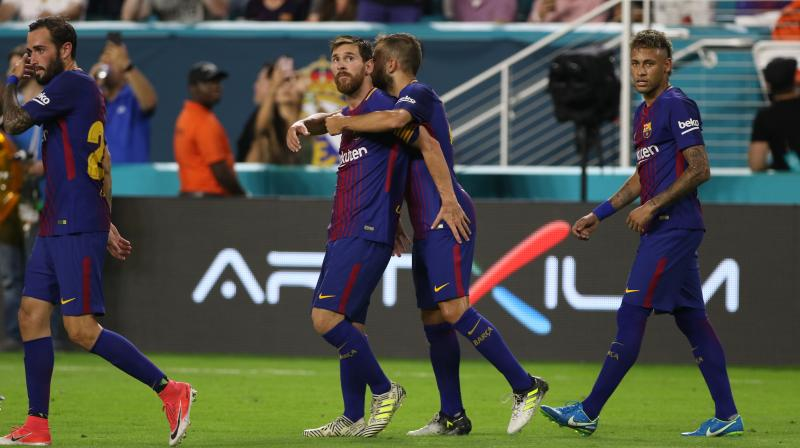 Gerard Pique sent Barcelona ahead again in the 50th minute by flicking home Neymar's curling free-kick, to score the match-winning goal. (Photo: AP)