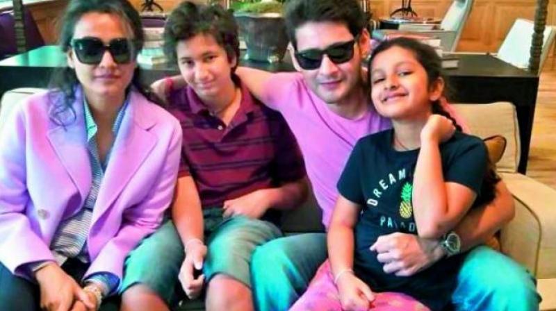 Mahesh Babu,Namrata Shirodkar, Gautam and Sitara.