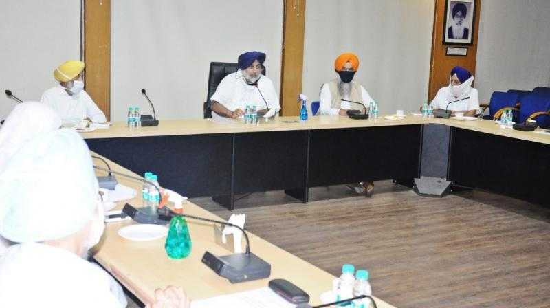 Sukhbir Singh Badal and other Akali leaders at the meeting. (Twitter)