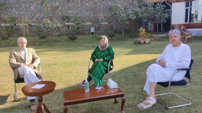 The Abdullahs meet Mehbooba Mufti.