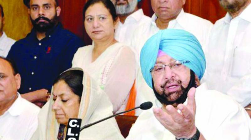 Punjab chief minister Amarinder Singh addressing a meeting.(Photo: File)