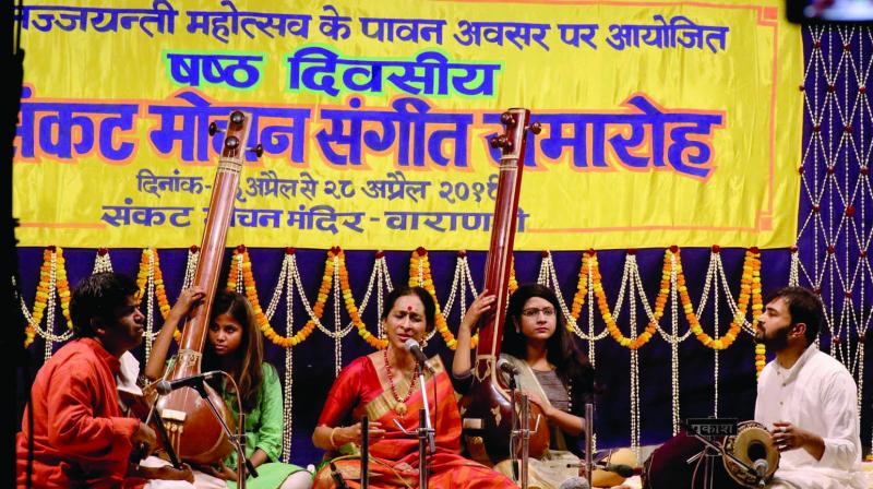 A recital at the Sankat Mochan Sangeet Samaroh. (Photo: RAKESH SINHA)