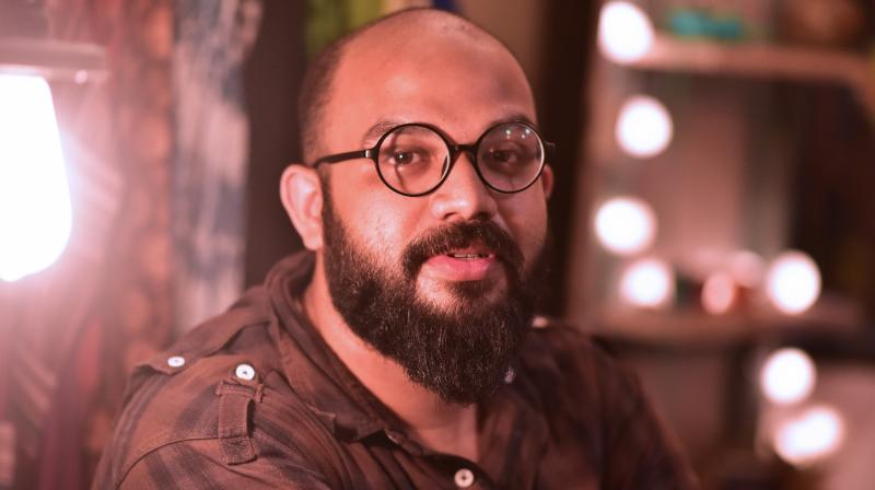 Designer Abhisek Roy who owns the brand Bohurupi talks about his stint styling for Dev and Dhoni for an Arindam Sil directed ad.