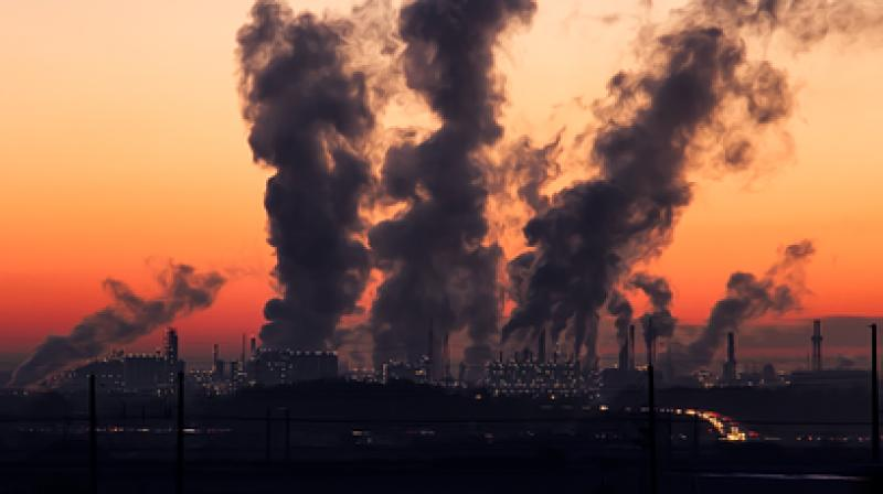 The impact of particulate matter on birth defects varied based on how far women lived from air quality monitoring stations. (Photo: Pixabay)