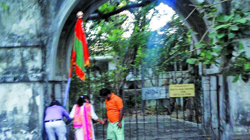 Unidentified people put up a Gudi at Jinnah House in Malabar Hill on Tuesday.