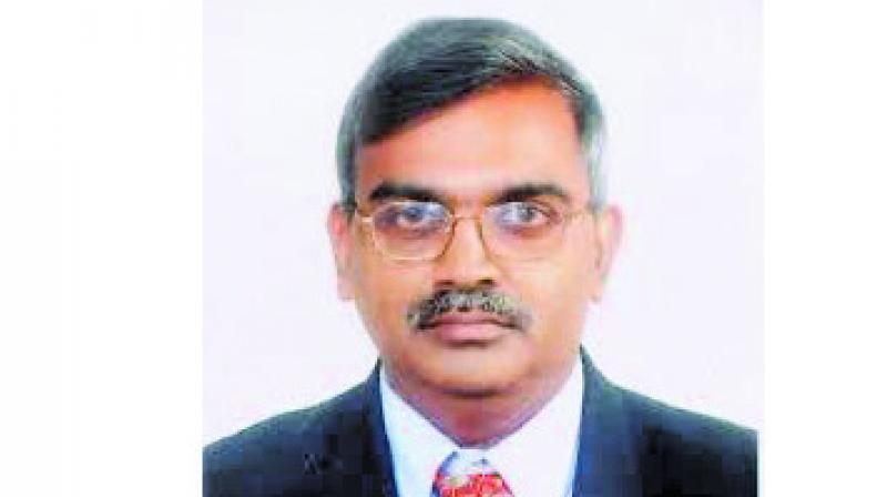 Dr Avinash Supe