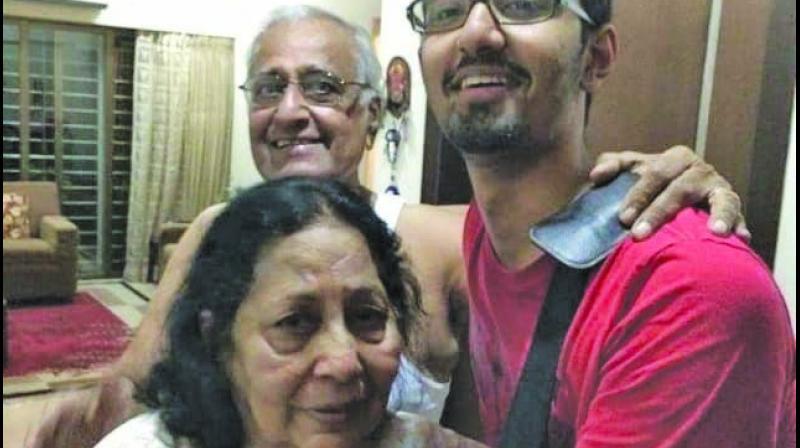 Top: Deceased couple Gopal and Daya Makhijani with their son. (Photo: Mrugesh Bandiwadekar)