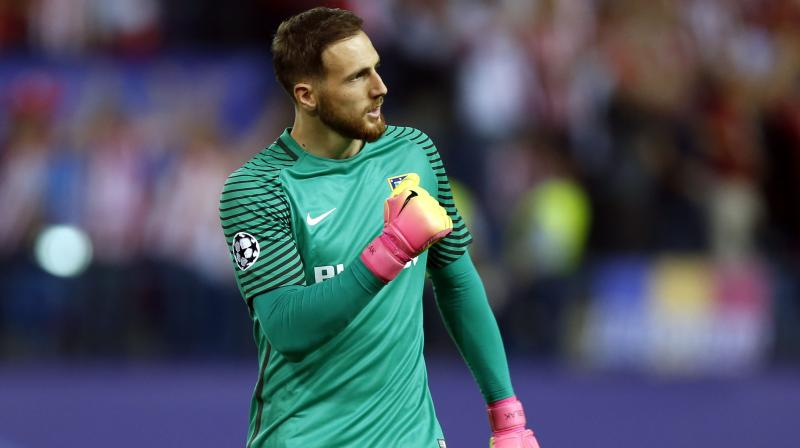 Oblak joined the club back in 2014 and since then he has recorded a hugely spectacular 115 clean sheets in just 203 games. (Photo: AP)