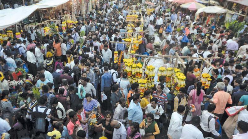 File image of a congested Dadar market in the evening.
