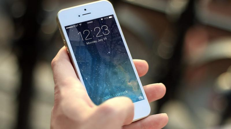 , iPhone users are replacing their iPhones with Android handsets especially Samsung devices.