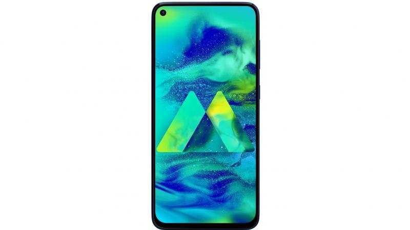 The Samsung Galaxy M40 is fitted with a gorgeous 6.3-inch PLS LCD display.